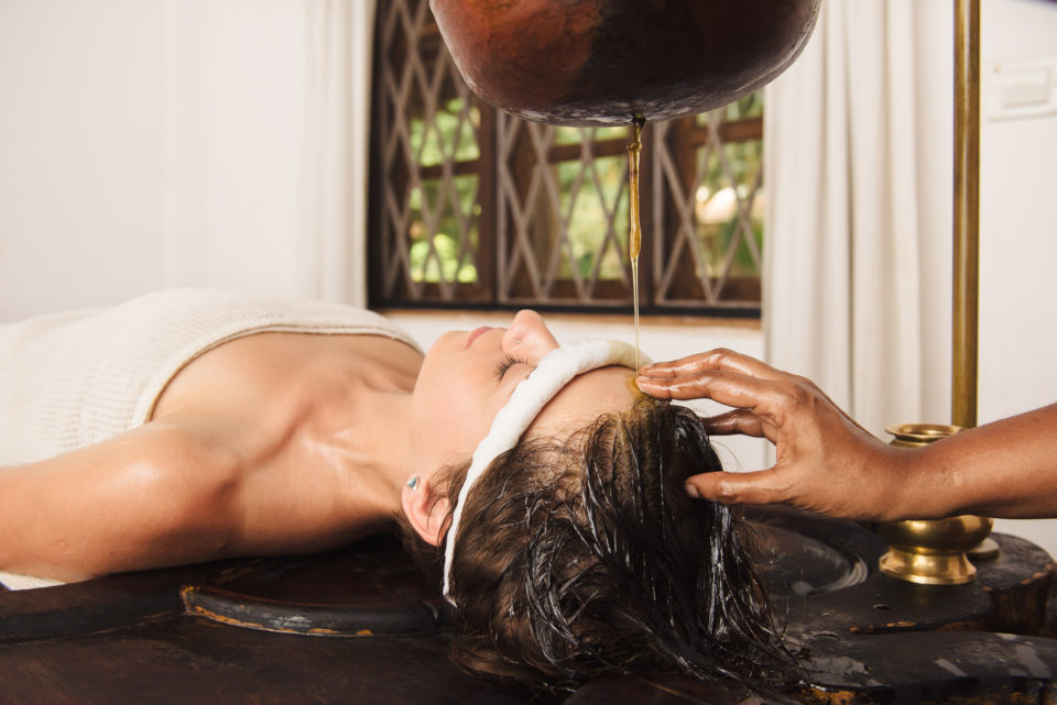 Massage Shirodhara