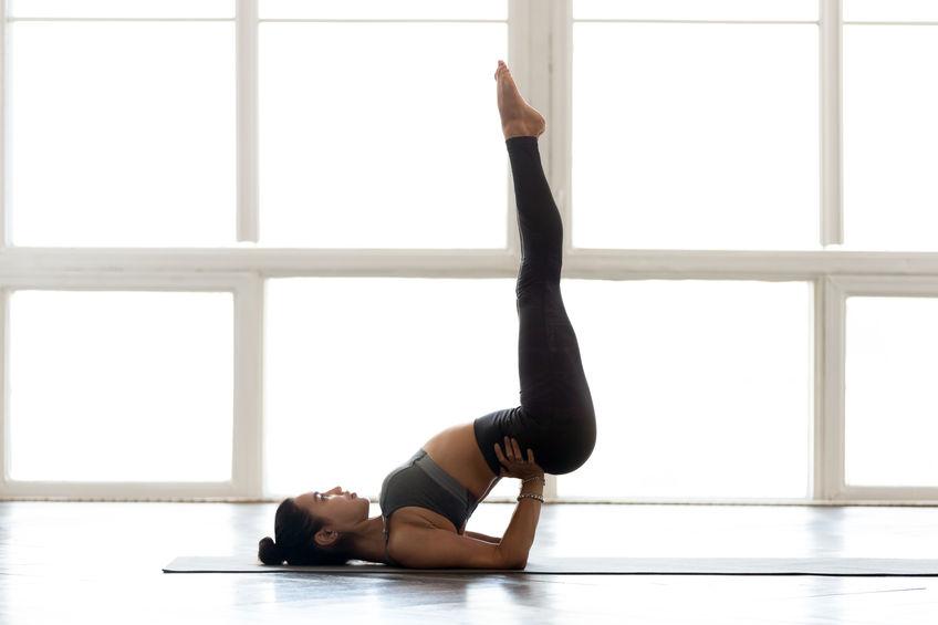 Mal de dos Yoga posture jambes au mur